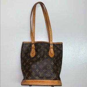 Authentic LV Bucket bag 💼 PM Very good condition